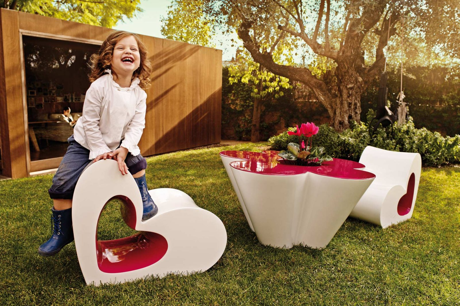 design-outdoor-furniture-child-chair-table-agatharuizdelaprada-vondom2